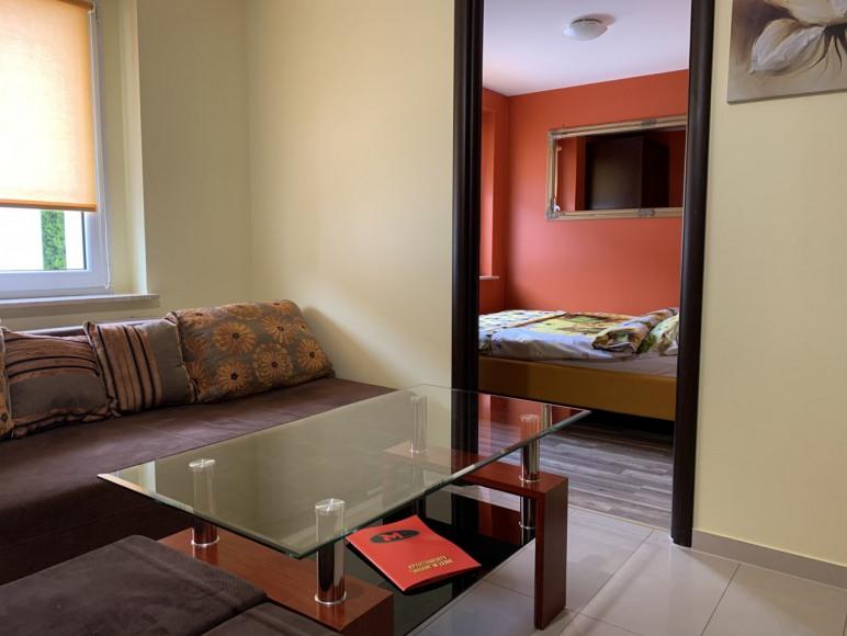 nr2, pokój dzienny, sypialnia