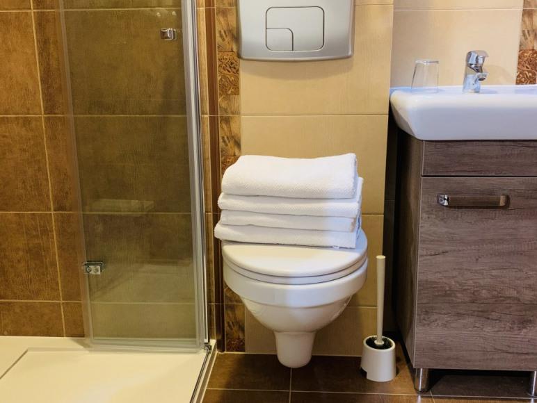 nr2, łazienka