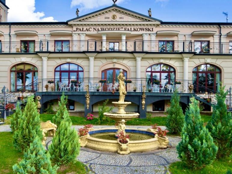 Pałac na Wodzie Falkowski Augustów