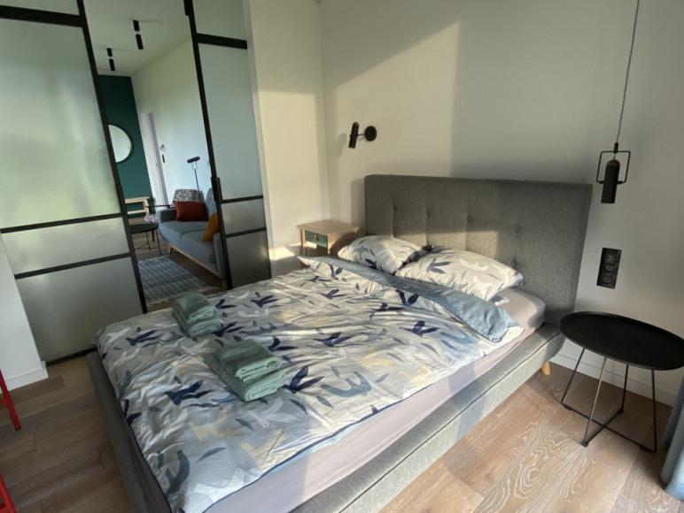 Luksusowy Apartament z Widokiem na Jezioro Ryn