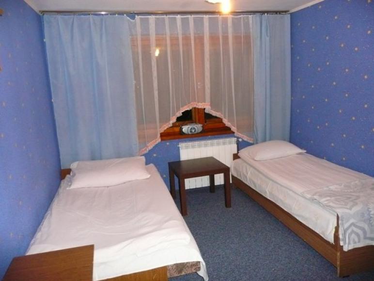 Pokój 2-osobowy (Ipiętro)