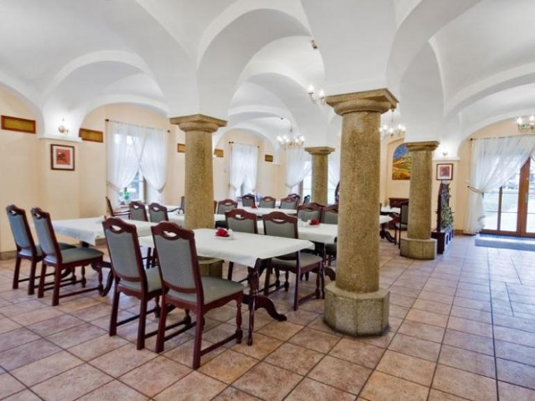 Hotel Dworzysko