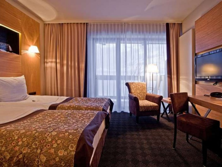 Hotel Grand Nosalowy Dwór