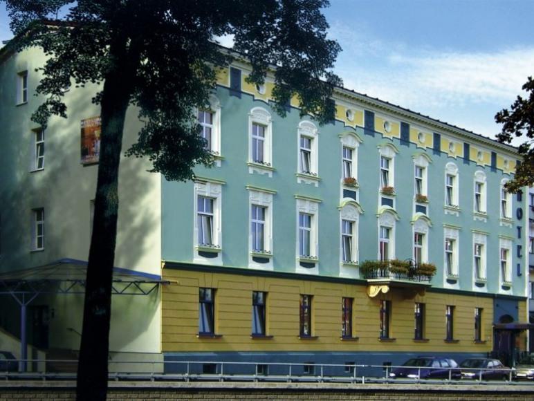 Hotel POLONIA Racibórz ***