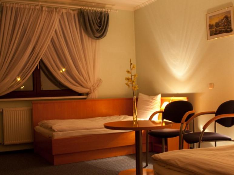 Hotel - Restauracja TAWERNA