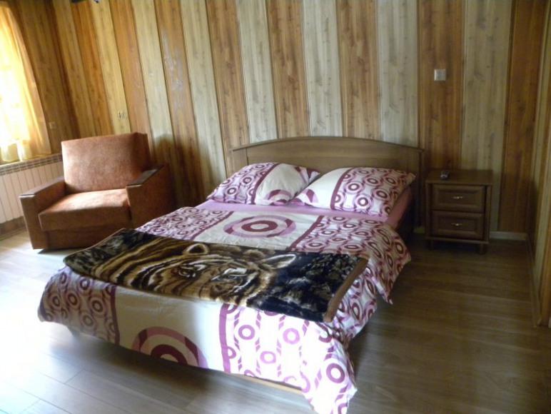 pokój 1 w domku parterowym