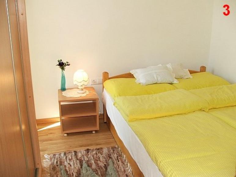 Sypialnia w pokoju rodzinnym 3-os.