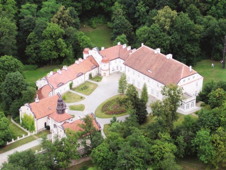 Widok pałacu z góry