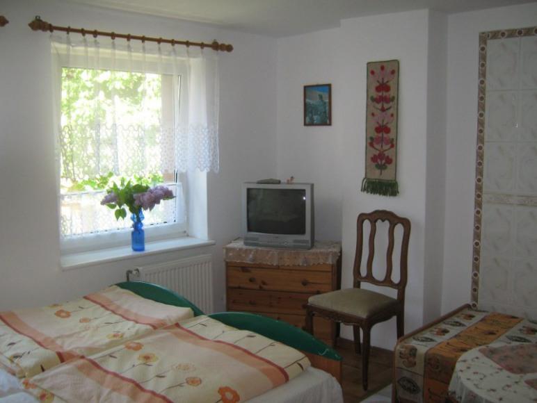 Pokój nr 3 (3-osobowy)