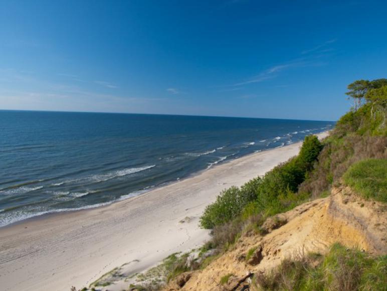klif i piaszczysta plaża
