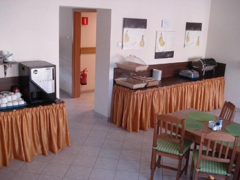 Ośrodek Szkoleniowy Hotel i Kręgielnia Best West