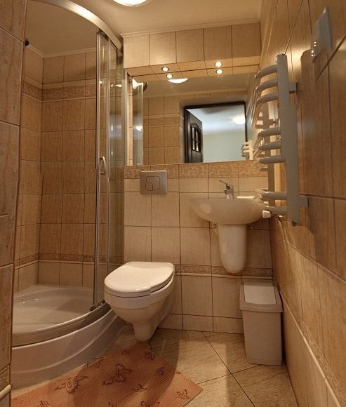 Łazienka w pokoju nr2