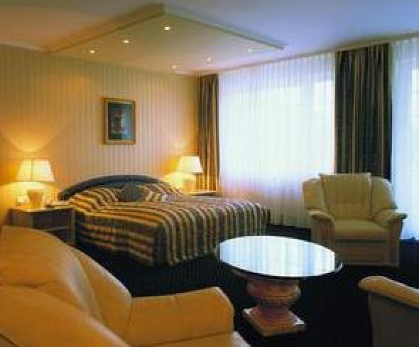 Hotel Centennial