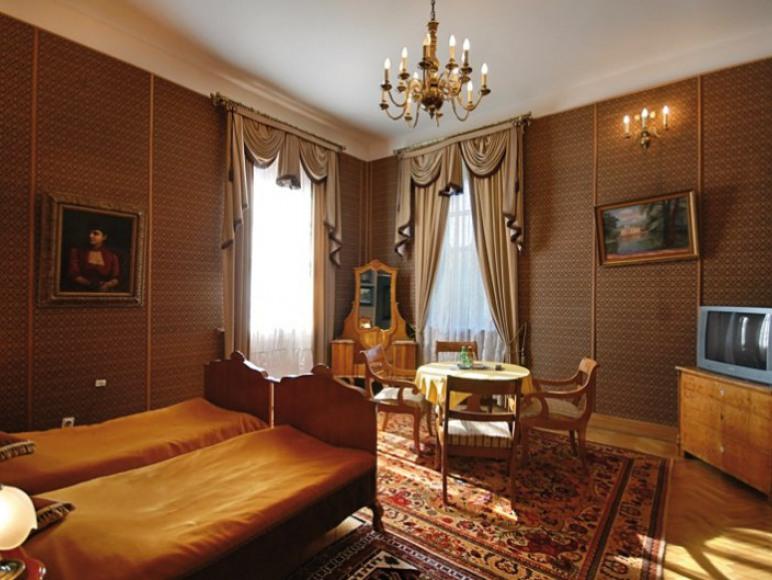 Pałac Sieniawa