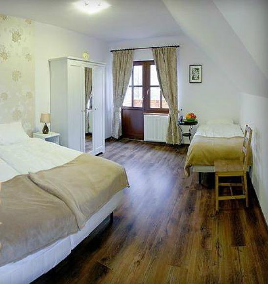 """Hotel """"Górski Potok"""""""