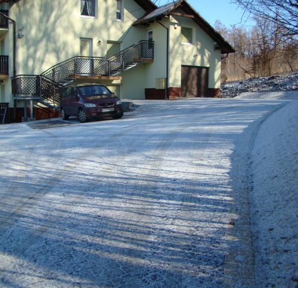 KAJA_Parking