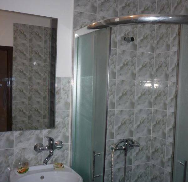 Wszystkie pokoje z pełnym węzłem sanitarnym