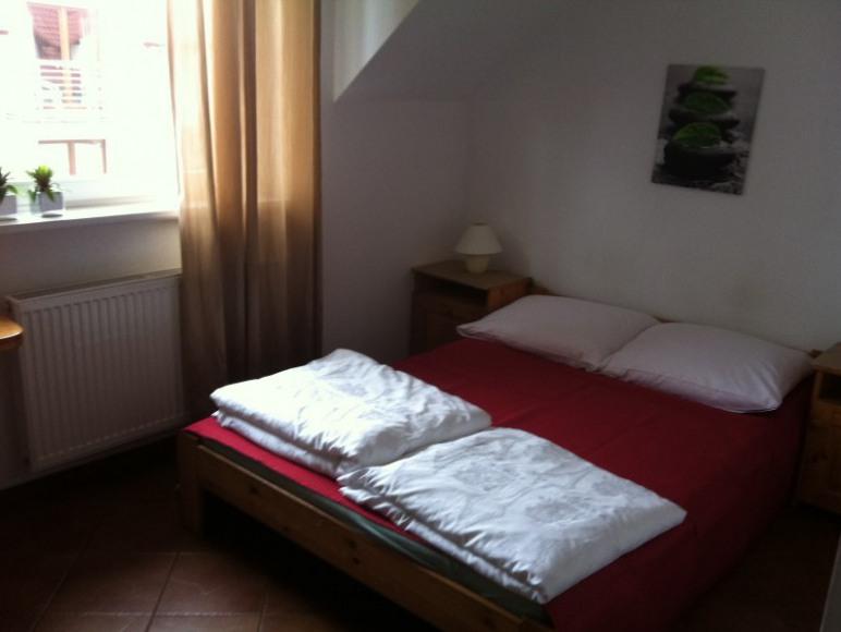 pokoj 2 osobowy lozko malzenskie 160cm-drugi poziom