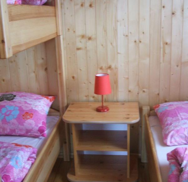"""Sypialnia w domku -""""czerwonym"""""""