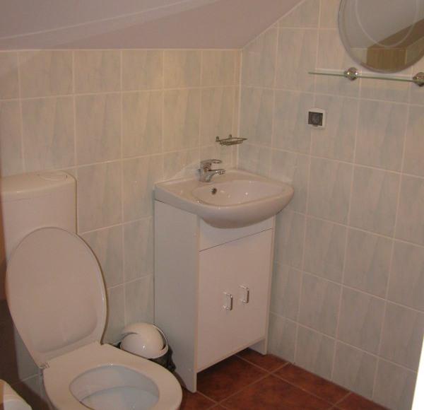 łazienka budynek główny