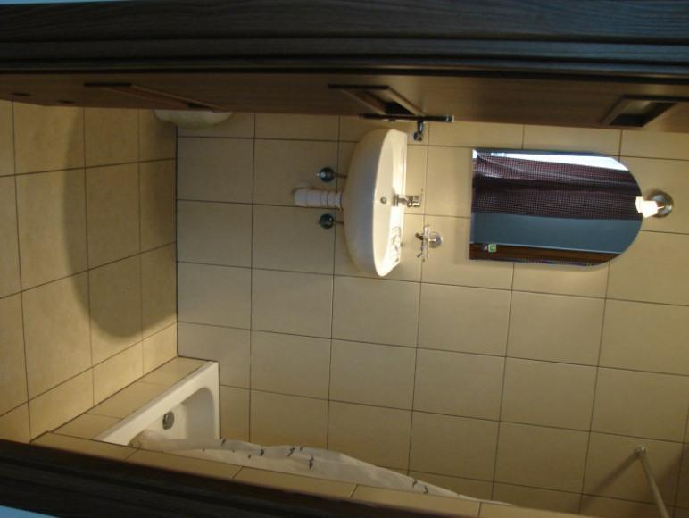 Parter- łazienka nr 2 (wyłączna dla pokoju nr 3)