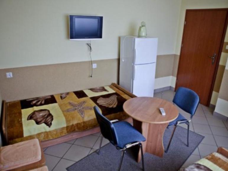 """Pokoje Gościnne, Restauracja i Dom Weselny """"Perła"""""""