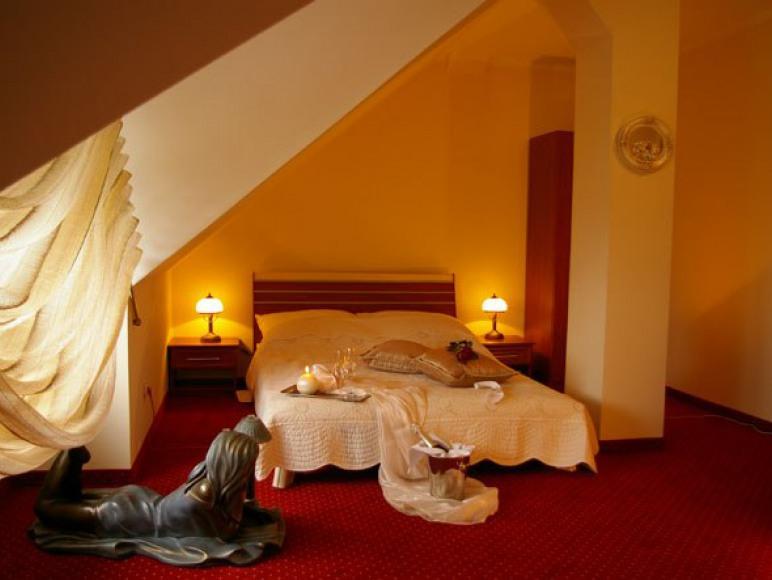 Hotel Zodiak