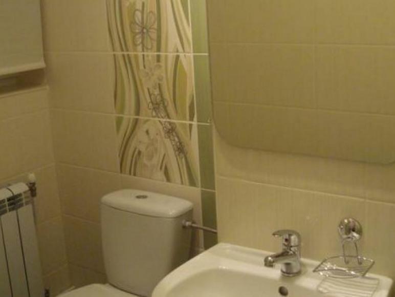 łazienka w pok. 3-os.