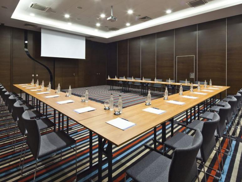 Hotel Mikołajki***** Conference & SPA
