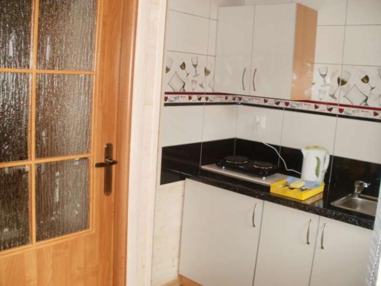 Domek piętrowy - kuchnia.