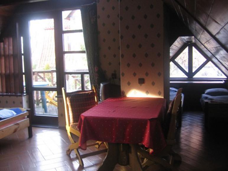 Pokoje Gościnne i Restauracja Złoty Strug