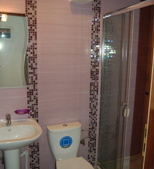 Pokój 2 os. z łazienką, tv możliwość przystawki