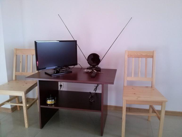 Telewizor z płaskim ekranem