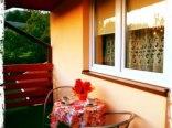 Nowe pokoje z łazienkami, balkonami, lodówką, czajnikiem