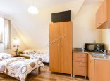 Pokój 6 osobowy z aneksem kuchennym