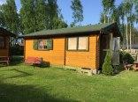 Domek we Wielu nad jeziorem na Kaszubach