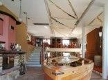 Restauracja nadmorska i apartamenty