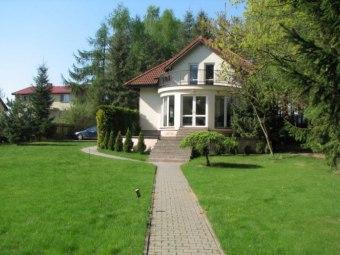 Dom z bezpośrednim dostępem do jeziora
