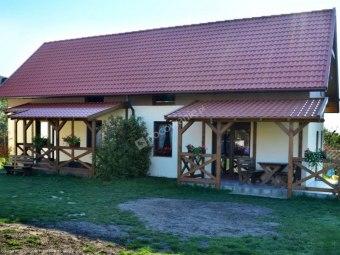 Pokoje i domki Saraceńska Chata