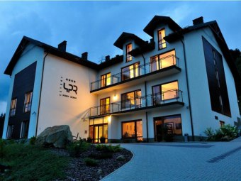 Hotel 4 Pory Roku