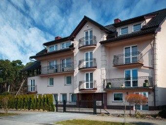 Pokoje, apartamenty i domki Krysia