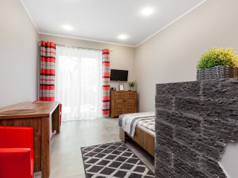Pokoje gościnne z łazienkami, balkonem+parkowanie