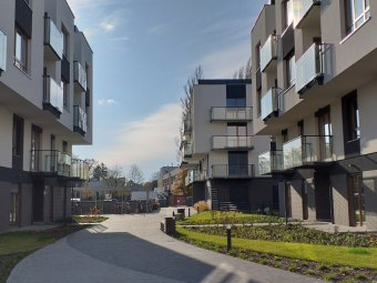 Apartament/mieszkanie z parkingiem-Wrocław-wynajem