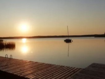 Mazury, domek nad jeziorem