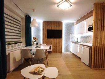 LAGO Apartamenty i pokoje