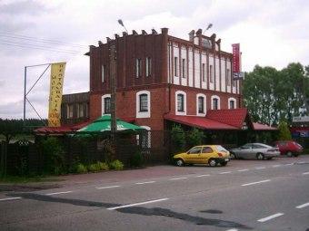 """Restauracja-Motel-Pizzeria """"Stary Młyn"""""""