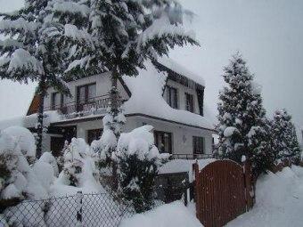 Dom pod Modrzewiem- Tanie noclegi!