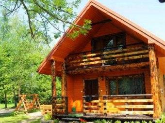 Chaty Anety całoroczne domki wypoczynkowe nad Soliną w m. Bóbrka