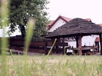 Gospodarstwo Agroturystyczne Agro-Wolice, Tomasz i Teresa Puzio