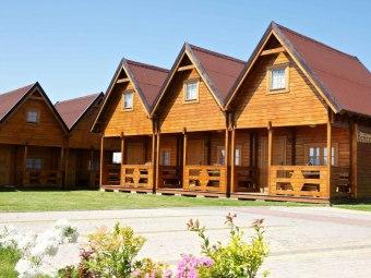 Ranczo-domki letniskowe w Rewalu